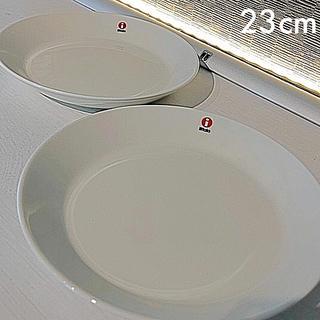 イッタラ(iittala)の新品未使用 ♡ ティーマ プレート  23cm(食器)