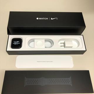 アップルウォッチ(Apple Watch)の美品 アップルウォッチ4 Nike+ モデル アルミ GPS 44㎜ 付属品新品(腕時計(デジタル))