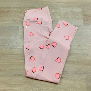 ヴィクトリアズシークレット(Victoria's Secret)の新品 VICTORIA'S SECRET PINK レギンス S ピーチ(レギンス/スパッツ)