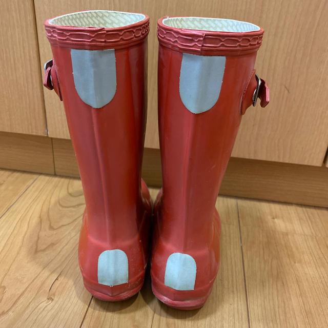 HUNTER(ハンター)のHUNTER kids赤レインブーツ☆UK12  日本サイズ18センチ相当 キッズ/ベビー/マタニティのキッズ靴/シューズ(15cm~)(長靴/レインシューズ)の商品写真