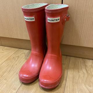 ハンター(HUNTER)のHUNTER kids赤レインブーツ☆UK12  日本サイズ18センチ相当(長靴/レインシューズ)