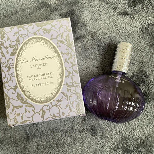 Les Merveilleuses LADUREE(レメルヴェイユーズラデュレ)の【新品未使用】レ・メルヴェイユーズ ラデュレ オードトワレ 75ml コスメ/美容の香水(香水(女性用))の商品写真