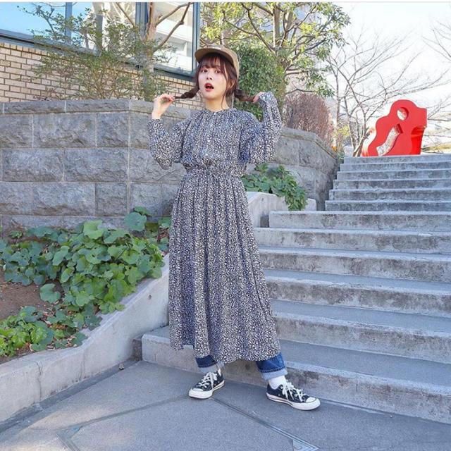 GU(ジーユー)のGU ♡ 花柄ワンピース♡ レディースのワンピース(ロングワンピース/マキシワンピース)の商品写真