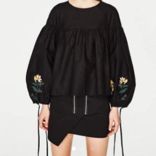 ZARA - ZARA ザラ 刺繍花柄 バルーン袖 チュニック ブラック