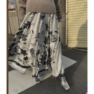 Ameri VINTAGE - Ameri【タグ付新品】Mサイズ 水彩画スカート