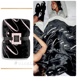 Victoria's Secret - 【新品】VS ロゴ ブランケット 毛布 ブラック