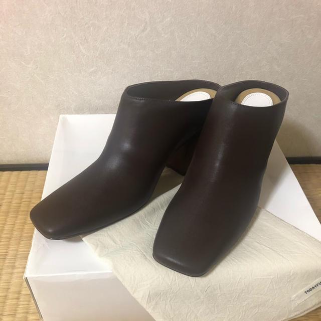 TODAYFUL(トゥデイフル)のTODAYFUL レザースクエアミュール ダークブラウン レディースの靴/シューズ(ブーツ)の商品写真