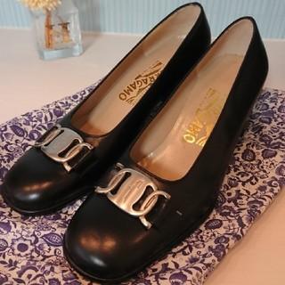 Salvatore Ferragamo - フェラガモ  靴 パンプス 6c