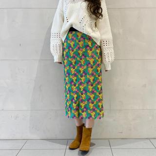 GRACE CONTINENTAL - グレースコンチネンタル  スモールフラワータイトスカート