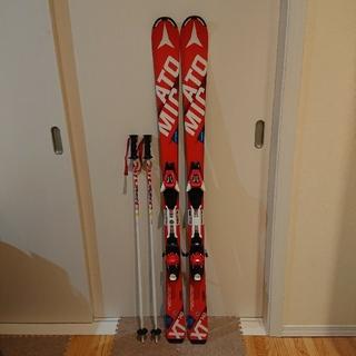 アトミック(ATOMIC)のATOMICスキー板140cm・ストック約88cm 2点(スキー靴も販売中)(板)