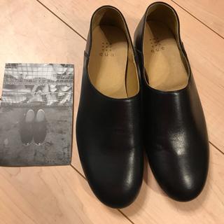 未使用 que shoes ブラック プレーン サイズM