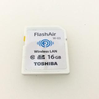 トウシバ(東芝)のTOSHIBA Flash Air フラッシュエアー 16GB W-03(デジタル一眼)