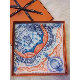Hermes - 爽やか綺麗で上品さ溢れるエルメス新品本物90カレスカーフバンダナ