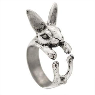 特価高品質!メルヘンなウサギのシルバーリング ゴシック、V系、スチームパンク(リング(指輪))
