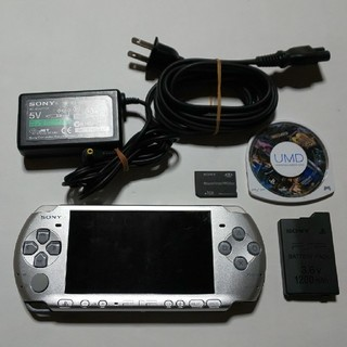 PlayStation Portable - PSP-3000(銀、修理品)すぐ遊べるセット(管04)