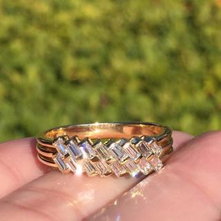 k18  澄んだ煌めき バケットカット ダイヤモンド 0.70 リング