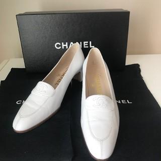 シャネル(CHANEL)のCHANEL パンプス ホワイト(ハイヒール/パンプス)
