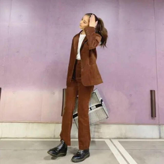 SLY - タグ付き SLY CORDUROY HW FLARE PT 新木優子 着用