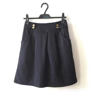 グローブ(grove)の★grove♡黒フレアスカート★(ひざ丈スカート)