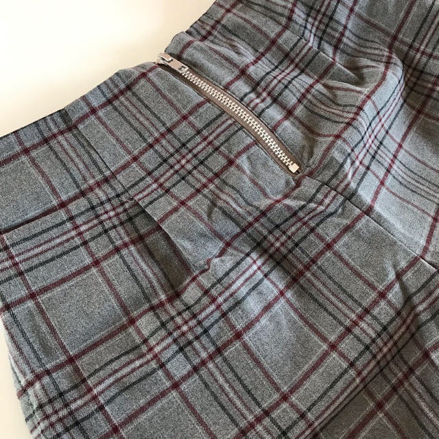 Avail(アベイル)のチェック柄ショートパンツ レディースのパンツ(ショートパンツ)の商品写真