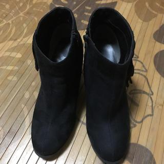 ジーユー(GU)のGUフリンジショートブーツ(ブーツ)