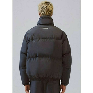FEAR OF GOD - 即完売 最安値 L FOG essentials puffer jacket