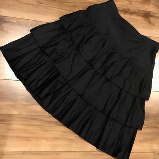 アニエスベー(agnes b.)のアニエスベー 膝丈スカート 38 フリル 黒 無地(ひざ丈スカート)