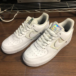 NIKE - NIKE AIR FORCE 1 '07 LV8 4  24.5