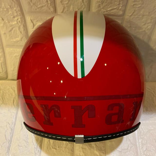 Ferrari(フェラーリ)のフェラーリ 純正 キッズ ヘルメット  自動車/バイクのバイク(ヘルメット/シールド)の商品写真