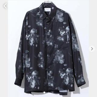STUDIOUS - STUDIOUS ダークフラワービッグシルエットシャツ 柄シャツ