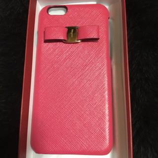 サルヴァトーレフェラガモ(Salvatore Ferragamo)の☆新品未使用☆ フェラガモ  iPhoneケース ピンク 箱入り(iPhoneケース)