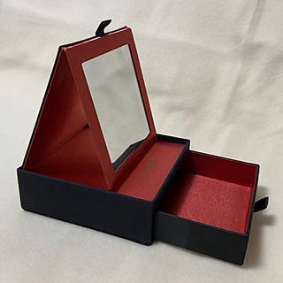 イヴサンローランボーテ(Yves Saint Laurent Beaute)のYSL ミラー付バニティBOX(メイクボックス)