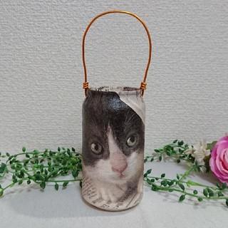 リメイク缶☺️新聞から顔を覗かせる猫➰ハンドメイド リメ缶(プランター)