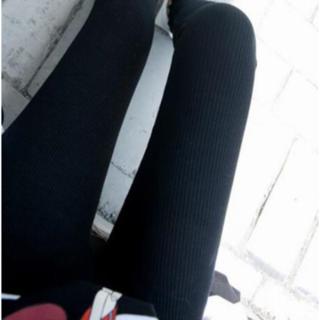 【ブラック】スッキリ細見え♪ 履き心地抜群コットンリブレギンス(レギンス/スパッツ)