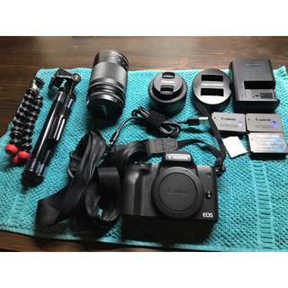 Canon - Canon EOS KISS M ダブルズームキット   付属品多数