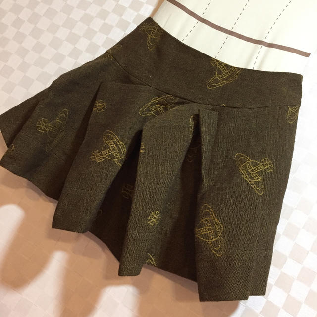 Vivienne Westwood(ヴィヴィアンウエストウッド)の売り切り‼️極美品vivienneWestwood 総オーブ柄定番スカート   レディースのスカート(ミニスカート)の商品写真