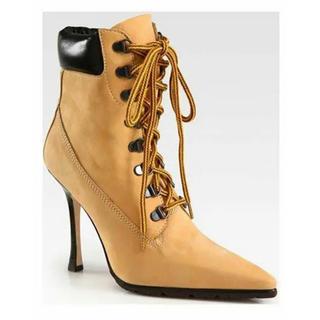 マノロブラニク(MANOLO BLAHNIK)の週末セール★マノロブラニク ティンバー型ブーツ(ブーツ)