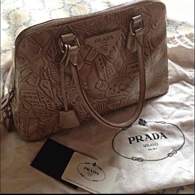 PRADA(プラダ)の☆PRADA本物バッグ レディースのバッグ(ハンドバッグ)の商品写真