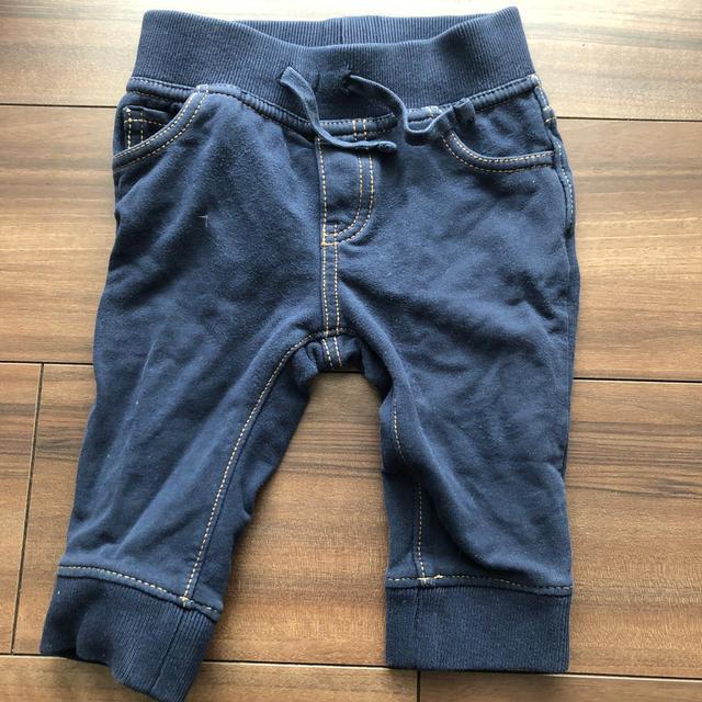 GAP(ギャップ)のGAP ジョガーパンツ キッズ/ベビー/マタニティのベビー服(~85cm)(パンツ)の商品写真