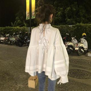 ZARA - 即購入可 新品 フリル襟のビッグシルエットデザインシャツ ホワイト