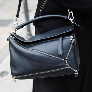 ロエベ(LOEWE)の美品 Loewe ロエベ パズルバッグ ブラック ハンドバッグ カーフスキン(ハンドバッグ)