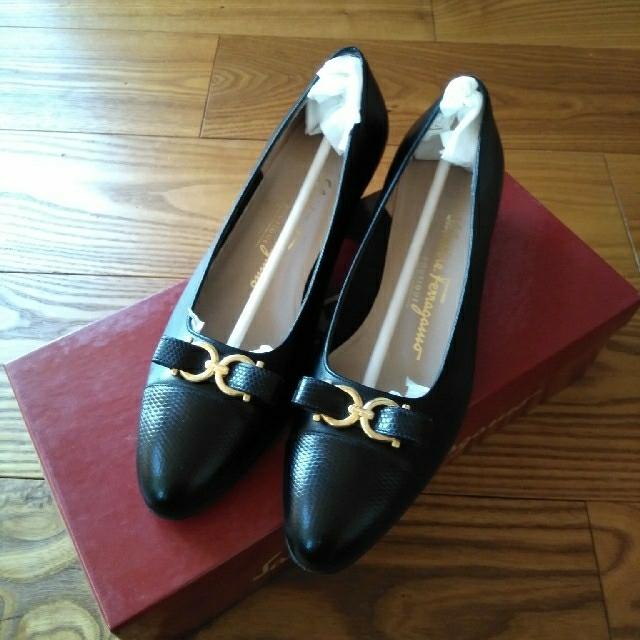 Ferragamo(フェラガモ)のフェラガモ パンプス   TEMA レディースの靴/シューズ(ハイヒール/パンプス)の商品写真