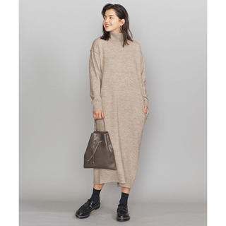 BEAUTY&YOUTH UNITED ARROWS - BY バックスリットタートルネックニットワンピース