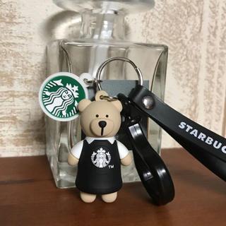 スターバックスコーヒー(Starbucks Coffee)の【即購入OK】海外スタバ ベアリスタ キーホルダー ブラックエプロン ストラップ(キーホルダー)
