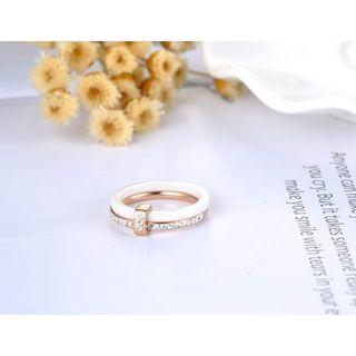 セラミックラインストーン2重リング【ホワイト&ローズゴールド】(リング(指輪))
