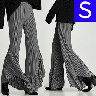 ZARA - ZARA TRF 裾フリルパンツ Sサイズ モノトーン ザラ