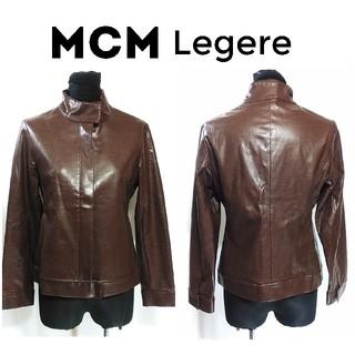 エムシーエム(MCM)のMCM Legere フェイクレザー風 ブルゾン ジャケット 茶色 レディース(ブルゾン)