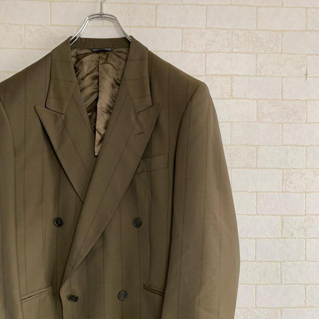 DRIES VAN NOTEN(ドリスヴァンノッテン)のイタリア製MELPHENIA カーキ ストライプ柄 ダブルテーラードジャケット メンズのジャケット/アウター(テーラードジャケット)の商品写真