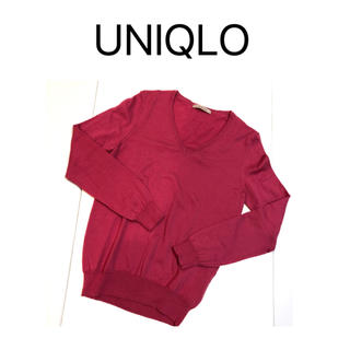 UNIQLO - UNIQLO エクストラ ファインメリノウール Vネックセーター