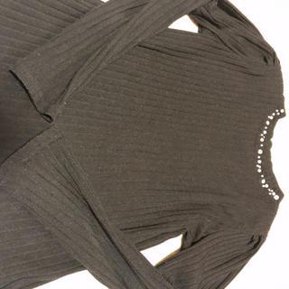 マジェスティックレゴン(MAJESTIC LEGON)の薄手ニット黒(ニット/セーター)